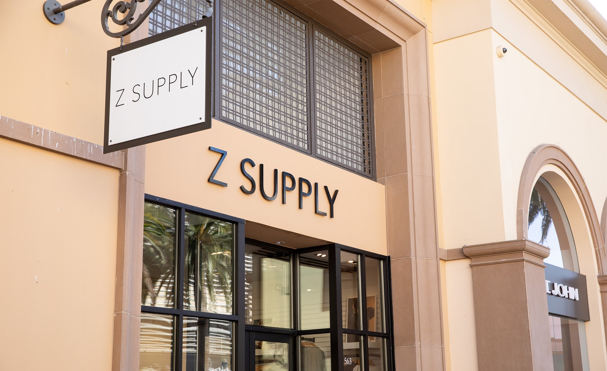 Picture of the Z SUPPLY store at Fashion Island in Newport Beach, CA